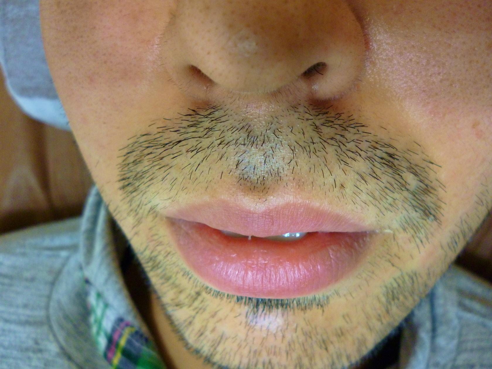 髭 剃り 中学生