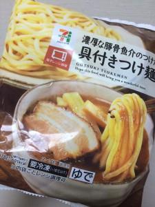 セブン 具つきつけ麺