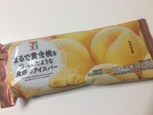 まるで黄金桃を冷凍したような触感のアイスバー